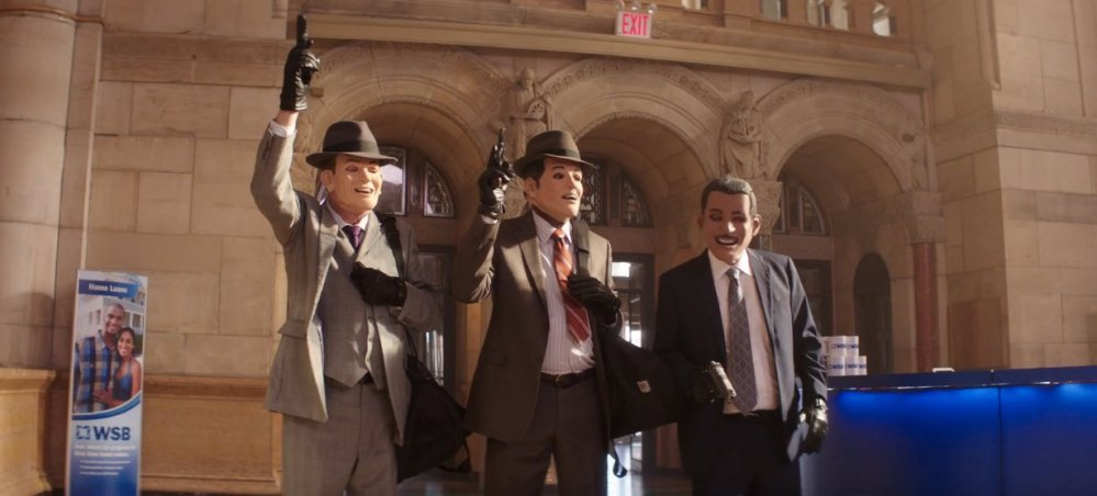 goinginstyle-trio-robbingbank-masks